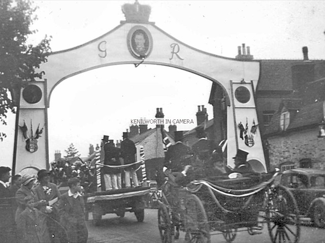 Coronation Arch, Warwick Road, 1937